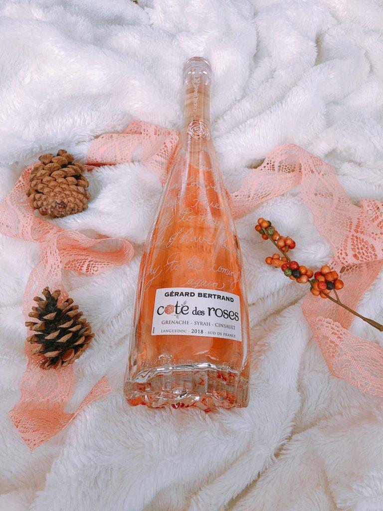 Engraving_Wine_bottle